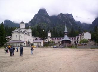 Mânăstirea Caraiman din Buşteni