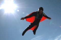 Wingsuit flying - arta de a zbura
